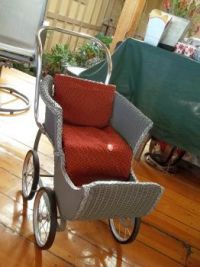 Refurbished doll carriage