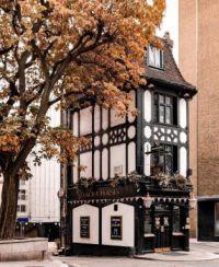 Pub in Mayfair, London
