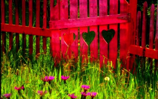 red hearts fence