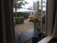 1438 Raamverkoop op het terras van Weeshuis Woerden.