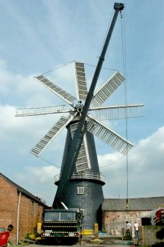 Pocklington's Mill, Heckington - 24th April 2004