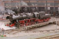 Locomotive_BR52-8177-9