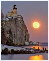 Snow Moon at Split Rock Kighthouse