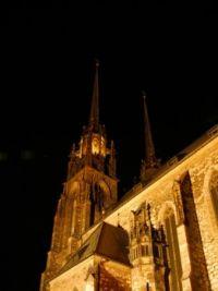 Noční Brno - chrám sv. Petra a Pavla