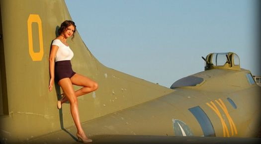 Pinup Girl on the tail of a B17