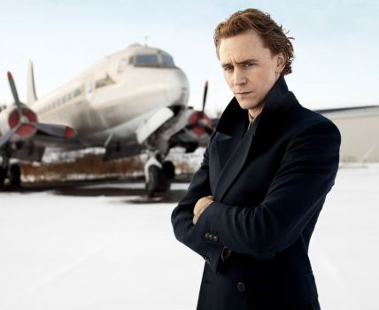 Hiddleston + plane = awesome photograph.