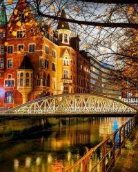 12.12 Hamburg, Germany . kirsenvenegas