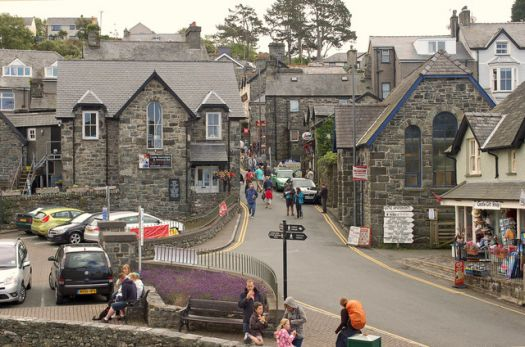 Castle Square, Harlech, Wales.  Photo by Andrew Hackney