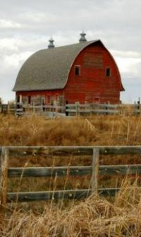 Rustic and Classic Red Barn