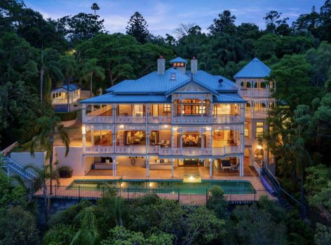 Dreamy mansion