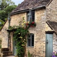 Honey-Pot-Cottage-in-the-Cotswolds