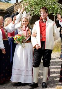 How Traditional Wedding Outfits Look Around The World