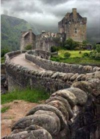 Eileen Dodan Castle, Scotland
