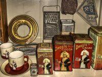 Droste's Cocoa tins