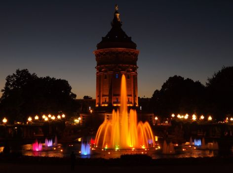wasserturm_mannheim_at_night_by_newspaperboy-d5e52qm