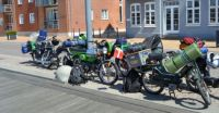 Moped friends on a big journey -small-