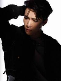 Zang yixing LAY EXO