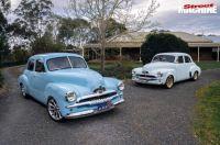 Two classics FJ Holdens looking good_01