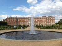 Hampton Court Palace 2015 7 jpg
