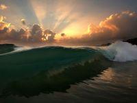 wave-sunrise-oahu