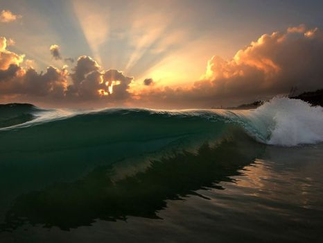 wave-sunrise-oahu