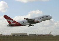 Qantas A380 - Tullamarine, Melbourne 2009. Lift-off!
