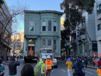 139 year old Victorian house moved in San Francisco, CA