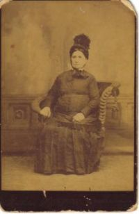 Mystery woman's photo in family collection