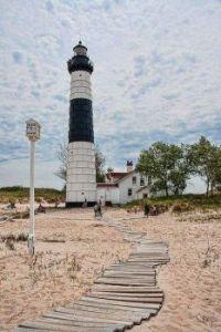Lighthouse 437
