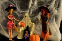 vintage francie, barbie and kelly as witches