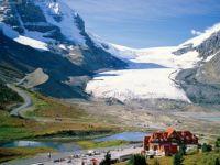 Athabasca_Glacier_Alberta, Canada