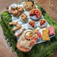 Picnic Cake: Inspired to Taste by Liz Joy