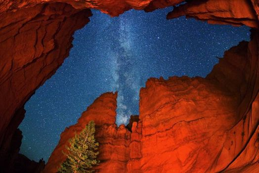 Bryce Canyon -and  our Milky Way galaxy