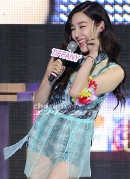 SNSD's Showcase - Interview - TIFFANY