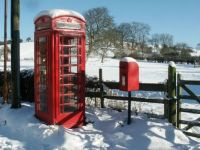 Telephone box and post box, Old Bolingbroke - 29th Jan 2004