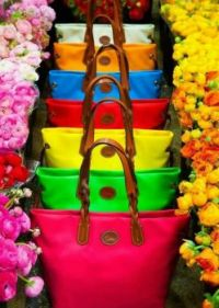 FLOWERS & BASKETS