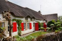 Red Shuttered Cottage - Kerhinet-Briere-France