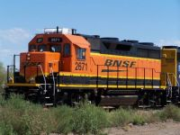 BNSF GP39-3 Switching Cal-Gas Waddell, AZ