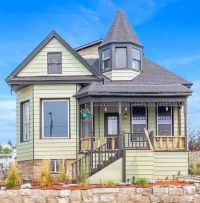 1905 Victorian Home in Montana