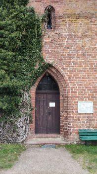 Jabel, Portal der Dorfkirche