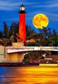 Jupiter Inlet Lighthouse -- Jupiter, Florida...