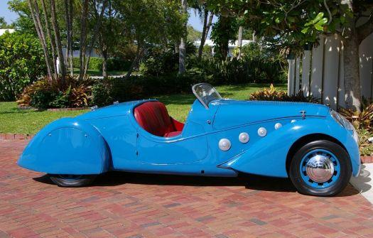 beautiful old car