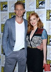 Tom Hiddleston and Jessica Chastain at ComicCon