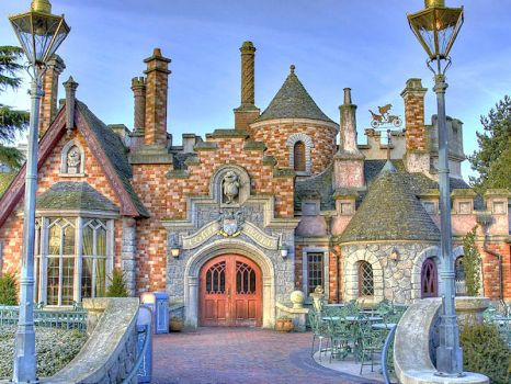 Toad Hall Disneyland Paris