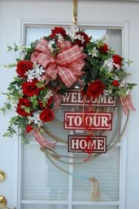 A very impressive welcome wreath