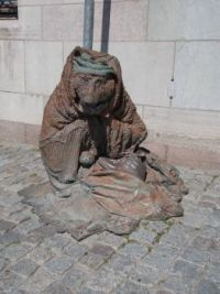 Rag and Bone statue in Stockholm