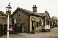 keighley & worth valley railway 30-10-2016 oakworth station 01