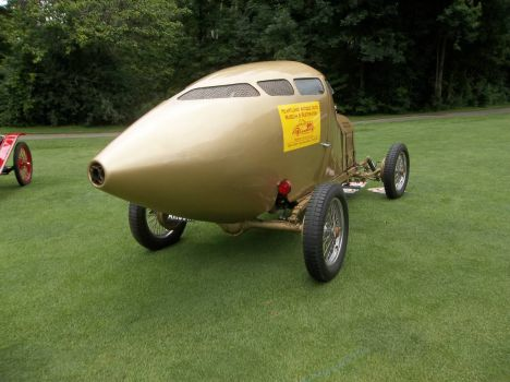Miller 1917 Golden Submarine race car rear view