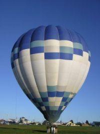 Air balloon, 25-7-2004, Te Atatu Nth, Auckland New Zealand