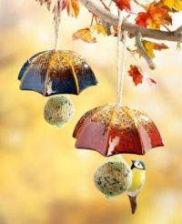 "Themes ""Birds & bird feeders"""